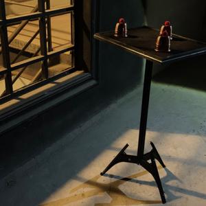 TABLE –  SCORPION CLOSE UP