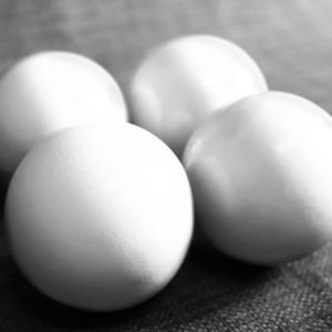 WOODEN BILLIARD BALLS – 2″ WHITE CLASSIC