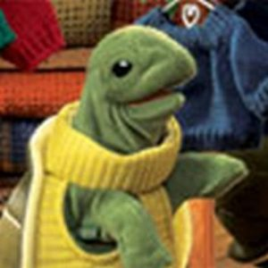 PUPPET TURTLENECK TURTLE